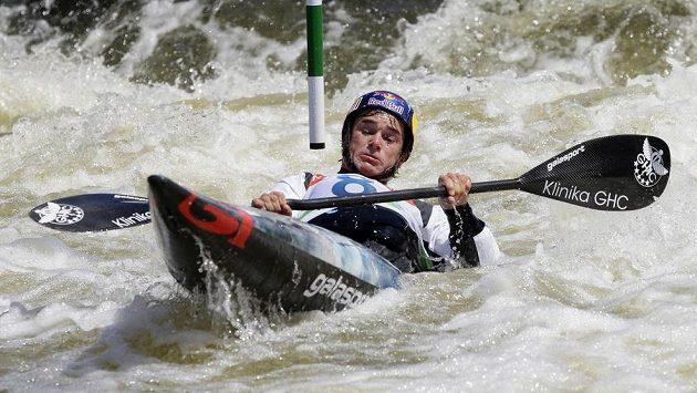 Vavřinec Hradilek během závodu Světového poháru ve vodním slalomu.