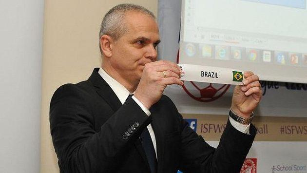 Vítězslav Lavička vylosoval českým chlapcům za soupeře i Brazílii.