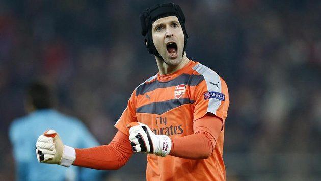 Brankář Arsenalu Petr Čechnejlepším brankářem Premier League.