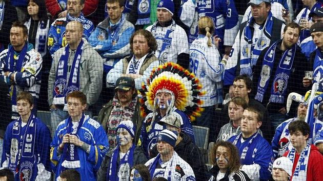 Fanoušci hokejistů Plzně věří hráčům, budou se radovat po konci základní části z elitní desítky?