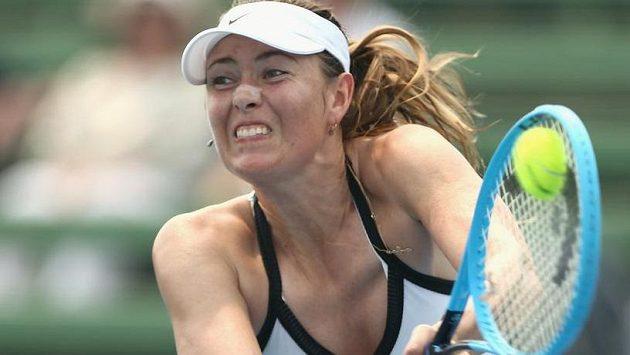 Maria Šarapovová během zápasu s Němkou Laurou Siegemundovou