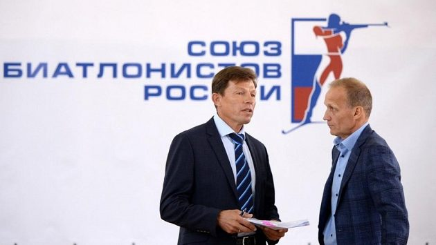 Viktor Majgurov (vlevo) je novým šéfem ruského biatlonu.