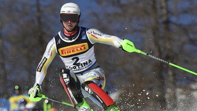 lyžař Sebastian Foss-Solevaag