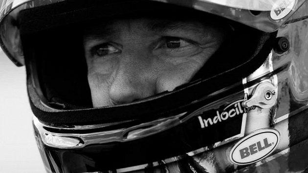 Automobilový závodník John Andretti podlehl rakovině