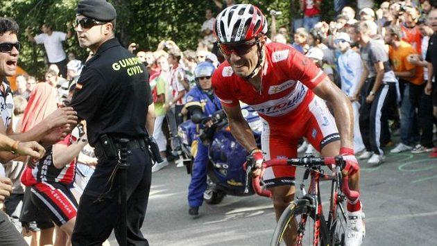Joaquim Rodríguez při jednom ze stoupání ve 14. etapě Vuelty. Španěl etapu vyhrál a zvýšil svůj náskok v čele průběžného pořadí.