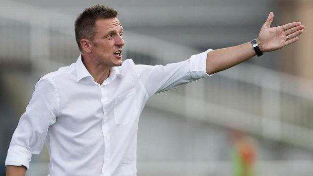Trenér Dukly Praha Luboš Kozel během utkání s Brnem.