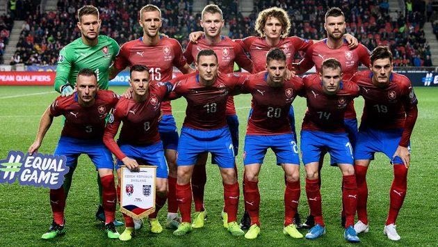 Mužstvo české fotbalové reprezentace před utkáním kvalifikace ME 2020 s Anglií.