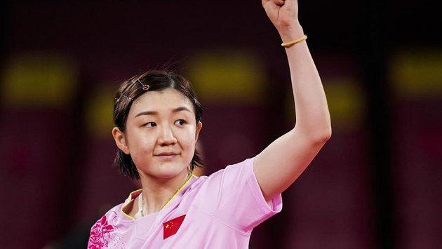 inále ženské dvouhry ve stolním tenise na olympijských hrách v Tokiu vyhrála Číňanka Čchen Meng