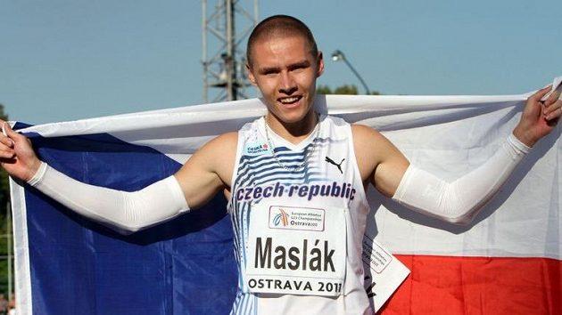 Sprinter Pavel Maslák se raduje z bronzu