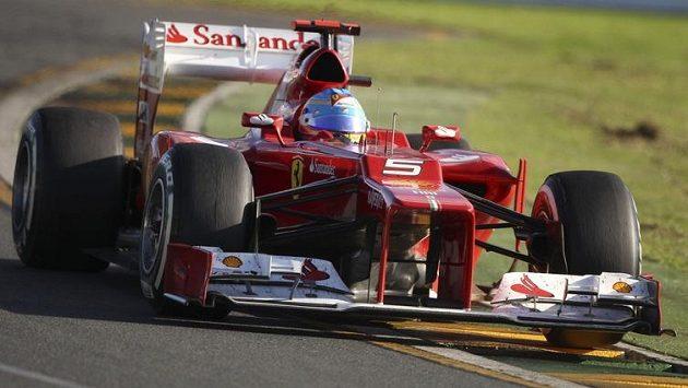 Fernando Alonso, pilot stáje Ferrari během GP Austrálie.