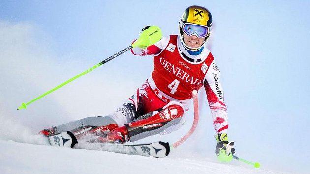 Marcel Hirscher při slalomu Světového poháru ve švédské Aare.