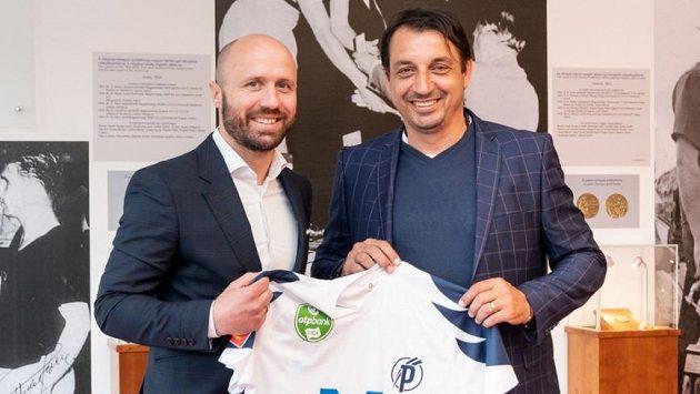 Slovenský kouč Zsolt Hornyák (vpravo) se upsal maďarskému klubu Puskás Akadémia FC.