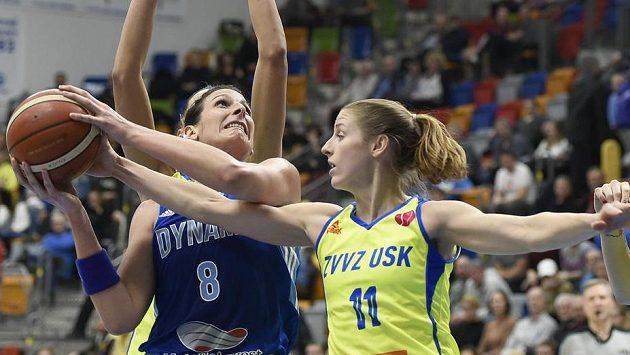 Zleva Helena Ciaková z Kurska a Kateřina Elhotová z USK (ilustrační foto).
