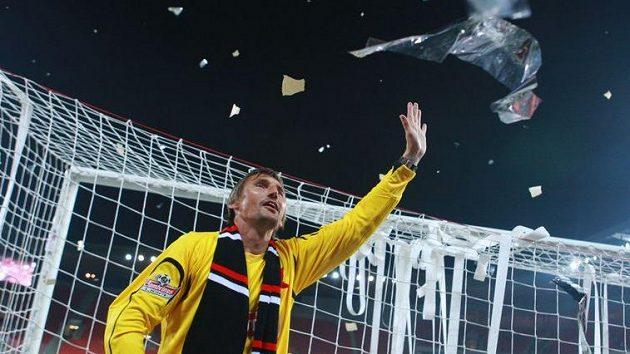 Po skončení jara se gólman Slavie Martin Vaniak rozloučil s kariérou, v derby už bude v roli asistenta.