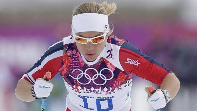 Norská běžkyně na lyžích Astrid Uhrenholdtová-Jacobsenová v kvalifikaci sprintu.