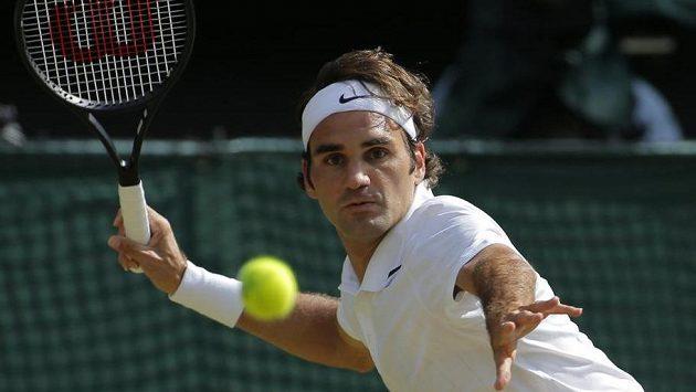 Roger Federer (na snímku) narazí v semifinále Wimbledonu na Kanaďana Milose Raonice.