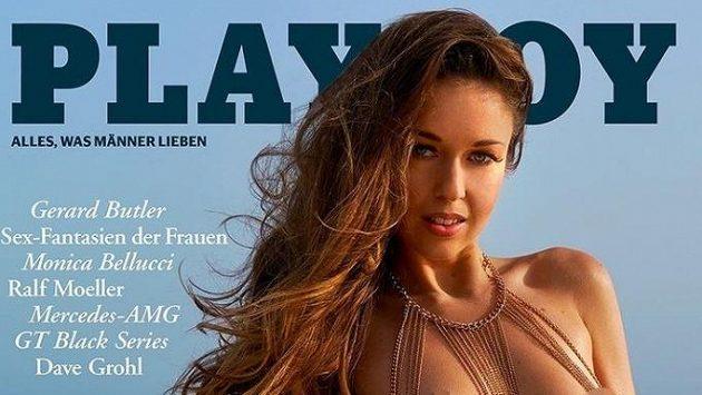 Dvojnásobná světová šampionka ve skocích na lyžích Juliane Seyfarthová pózovala pro Playboy.