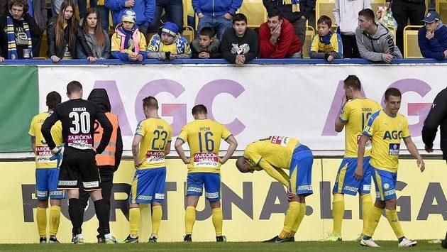 Hráči Teplic se omlouvají fanouškům poté, co prohráli vysoko 0:8.