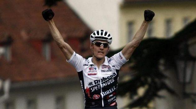 Nejlepší český biker současnosti Jaroslav Kulhavý vyhrál 17. ročník závodu Pražské schody.