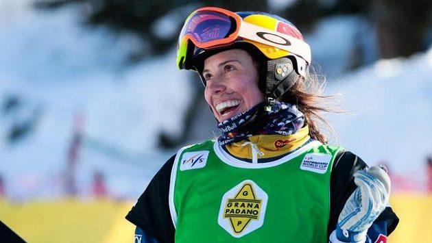 Druhý závod Světového poháru v Bakuriani vyhrála britská snowboardkrosařka Bankesová