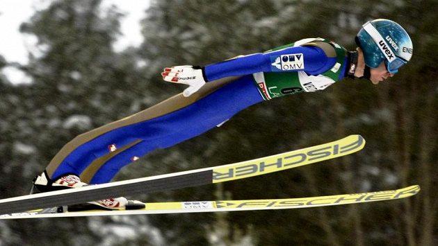 Rakušan Michael Hayböck triumfoval v závodě SP v Kuopiu.