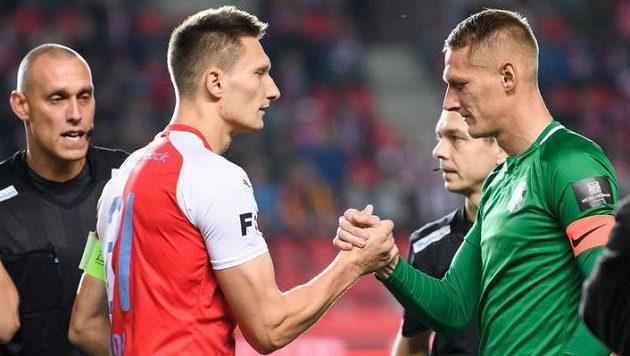 Bratři Škodové, vlevo slávista Milan a vpravo příbramský Michal, nastoupili k pikantnímu rodinnému souboji jako kapitáni.