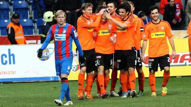 Reprezentant Rajtoral nevěří svým očím, radující se Olomouc nasázela Plzni čtyři góly!