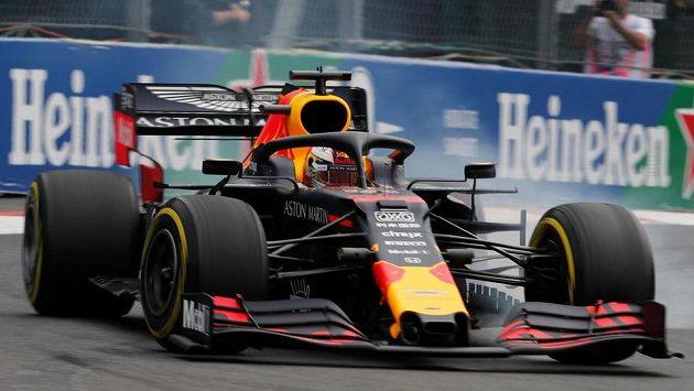 Jezdec formule 1 Max Verstappen vyhrál kvalifikaci na Velkou cenu Mexika