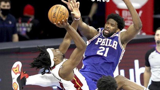 Basketbalisté Philadelphie si poradili po velkém boji s Miami
