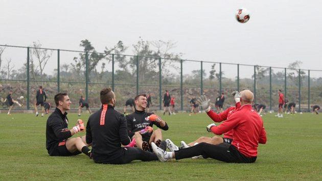 První trénink červenobílých v Číně, bylo i veselo.
