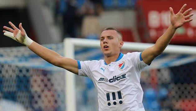 Ladislav Almási z Baníku Ostrava slaví.