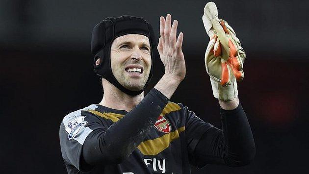 Petra Čecha zvoiilili fanboušci Arsenalu hráčem měsíce ledna.