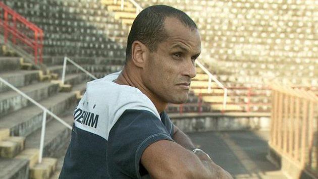Rivaldo odehrál v dresu Kanárků 74 zápasů, za Brazílii nastřílel 35 gólů.