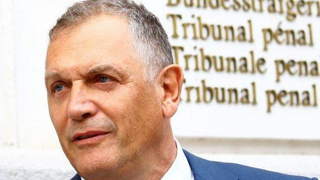 Švýcarská prokuratura požaduje tříleté vězení pro bývalého generálního sekretáře mezinárodní fotbalové federace FIFA Jéroma Valckeho