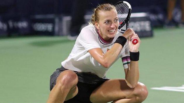 Petra Kvitová si po finálové účasti na turnaji v Dubaji v žebříčku WTA polepšila.