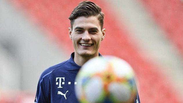 Útočník Patrik Schick přestoupil do Leverkusenu.