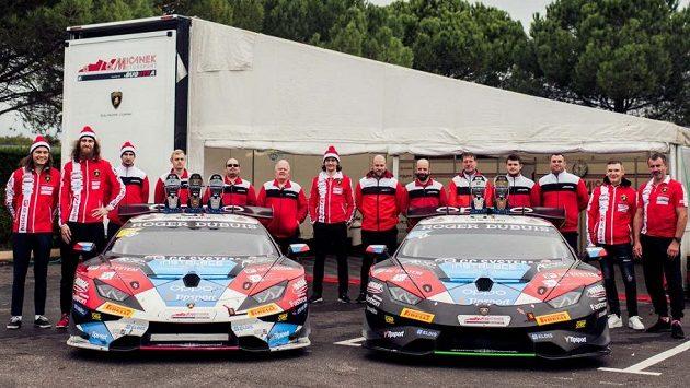 Tým Mičánek Motorsport powered by Buggyra v Le Castellet.