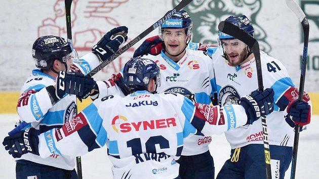 Hráči Liberce se radují z druhého gólu.