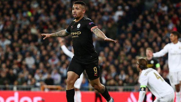 Radost Gabriela Jesuse z Manchesteru City poté, co pokořil obranu Realu Madrid.