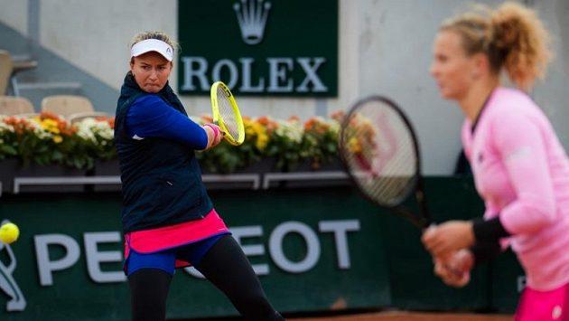 Krejčíková se Siniakovou hrají o postup do finále French Open