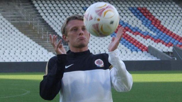 Sparťan Ladislav Krejčí na tréninku v Lyonu.