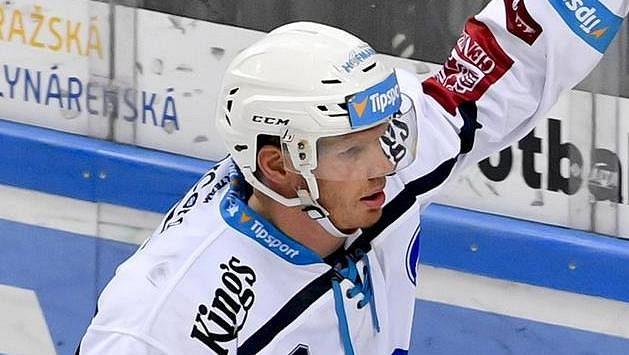 Václav Nedorost z Plzně se raduje z gólu proti Spartě.