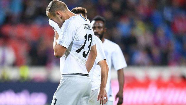 Smutný sparťanský zadák David Lischka po hrubé chybě, která rozhodla ligový šlágr v Plzni.