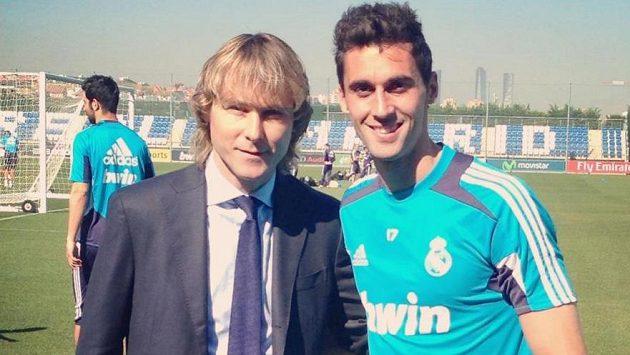 Álvaro Arbeloa (vpravo) na fotce s Pavlem Nedvědem.