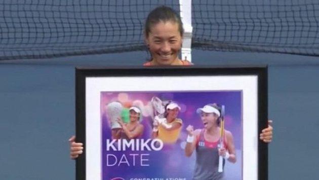 Kimiko Dateová Krummová při rozlučce s kariérou v Tokiu.