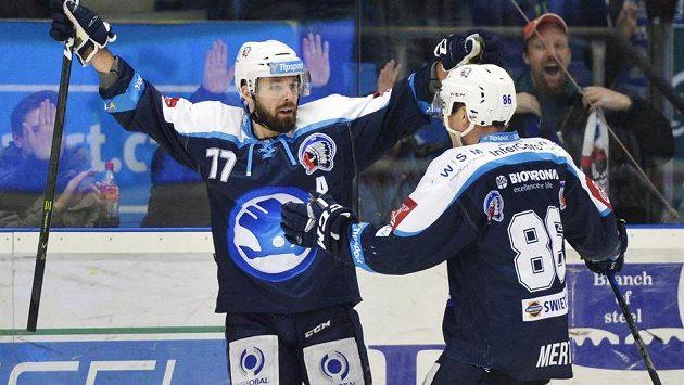 Hokejisté Plzně Milan Gulaš a Tomáš Mertl se svými góly podíleli na výhře Indiánů v Olomouci.