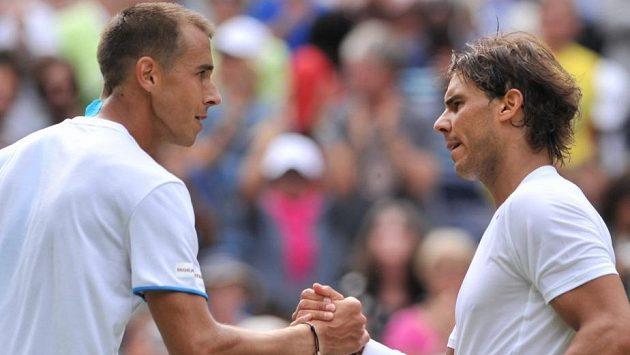Lukáš Rosol a Rafael Nadal po wimbledonském zápase v roce 2014
