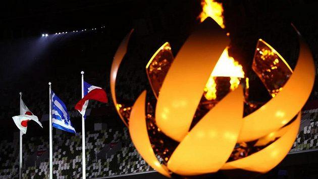 Po 16 dnech zhasl nad Tokiem olympijský oheň