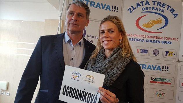Oštěpaři Jan Železný a Nikola Ogrodníková.