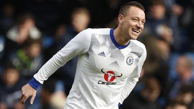 Zkušený zadák Chelsea John Terry.
